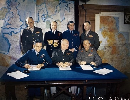 Meeting_of_the_Supreme_Command,_Allied_Expeditionary_Force,_London,_1_February_1944_TR1631